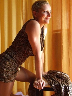 Loubna live escort Scotts Valley, CA