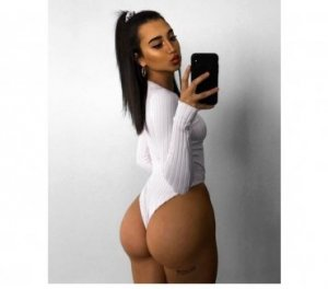 Lincy escort girls in Wyoming, MI